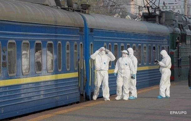 Укрзализныця рассматривает ограничение продажи билетов на поезда до 50%