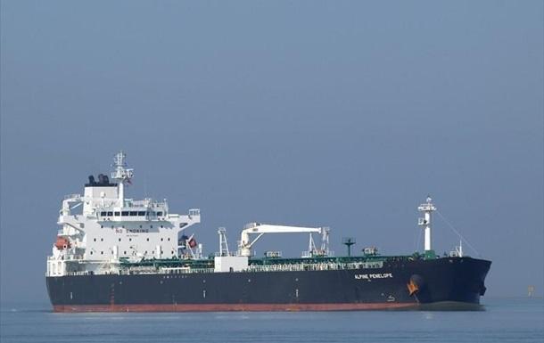 Штурм танкера в Ла-Манше: нелегалов пытались высадить в Испании и Франции