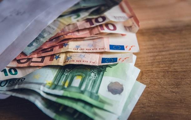 ЕК установит минимальную зарплату в Евросоюзе