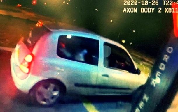 В Британии подросток угнал авто у родителей ради поездки в McDonald s