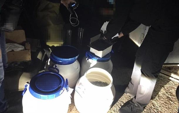 Житель Миколаєва організував міжнародну наркобанду - СБУ