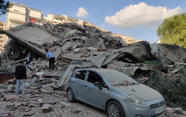 Землетрясение в Турции: более 200 человек ранены, есть жертвы