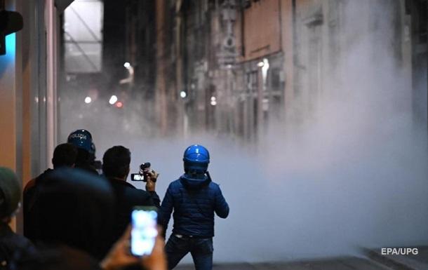 Во Флоренции протестовали против карантина, есть задержанные