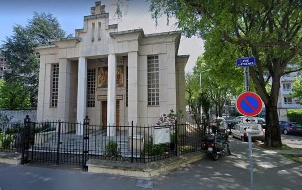 Во французском Лионе стреляли в православного священника