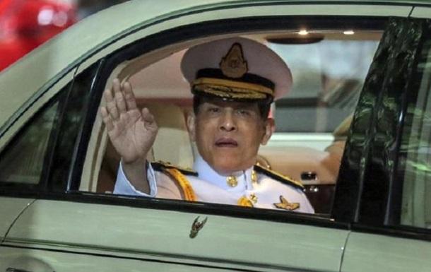 Король Таїланду вперше за 40 років дав інтерв ю