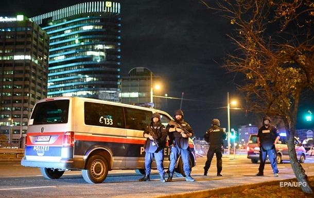 В результате теракта в Австрии погибли два человека