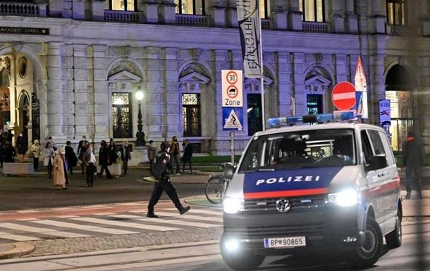 Теракт в Вене: погибли трое прохожих