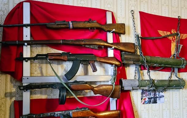 В Николаеве у психолога изъяли арсенал оружия