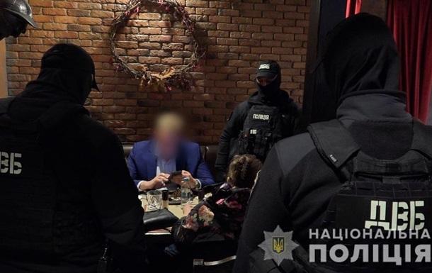 В Киеве россиянка предложила полковнику полиции $85 тысяч взятки