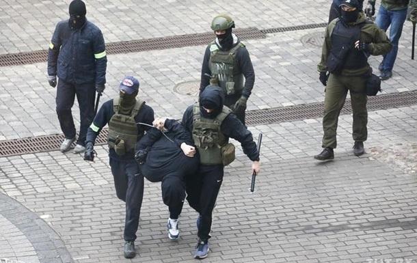 Число задержанных в Беларуси перевалило за тысячу