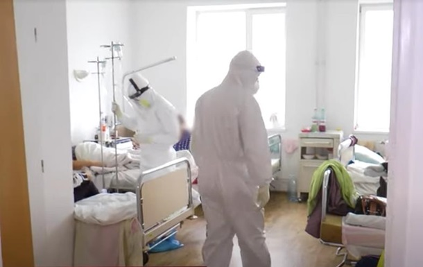 Госпитализация с COVID выросла на две тысячи за неделю