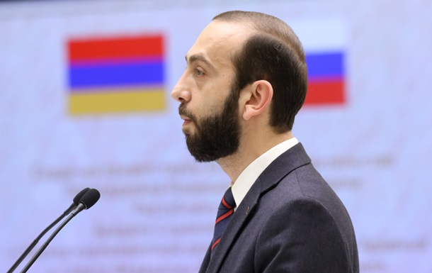 В Армении избили спикера парламента