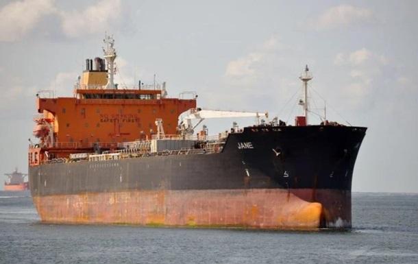 Пираты напали на судно в Гвинейском заливе