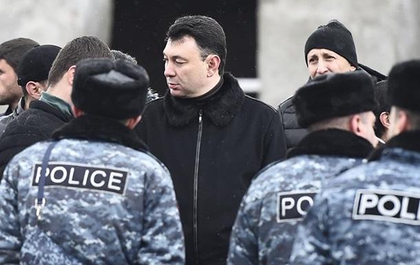 У Вірменії затримали колишнього віце-спікера парламенту