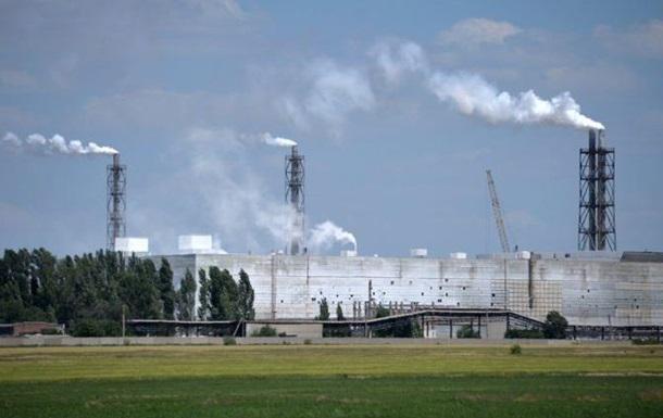"""Спеціалісти виявили забруднення повітря на Херсонщині від заводу """"Титан"""""""