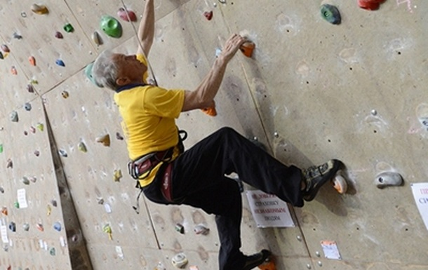 Вік не перешкода: 80-річний альпініст став рекордсменом України