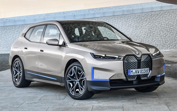 BMW представила авто с исчезающими царапинами
