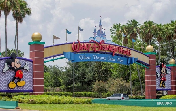 У Walt Disney годовой убыток впервые за 40 лет