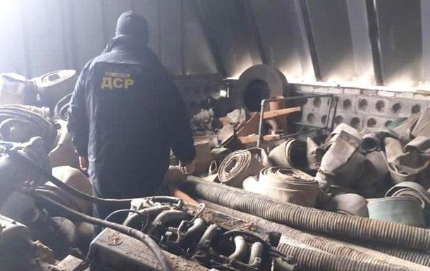 На Рівненщині вилучили сотні одиниць обладнання для видобутку бурштину