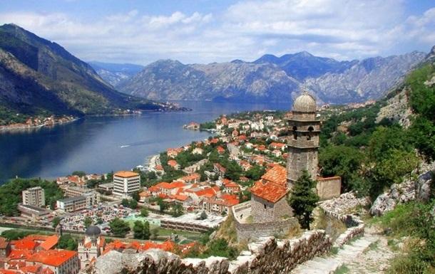 Черногория вводит жесткий локдаун