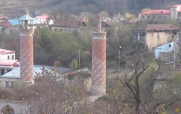 Ереван: Половина населения покинула Карабах
