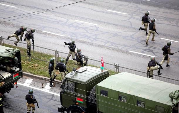 Взрывы на протестах в Минске: есть пострадавшие