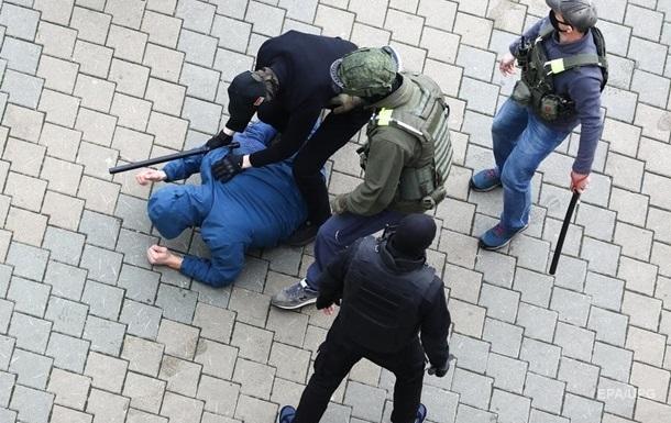 В Беларуси за сутки более 1100 задержанных - правозащитники