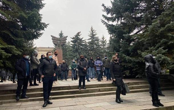 У Рівному і Вінниці підприємці протестують проти карантину вихідного дня