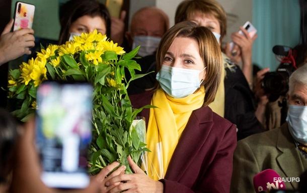 Перша жінка. Вибори в Молдові та Україні