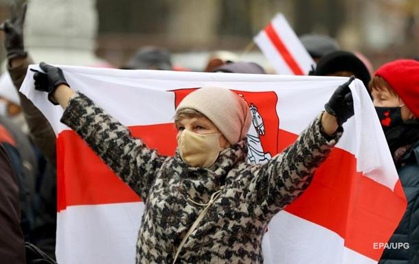 В Беларуси приняли упрощающий получение гражданства законопроект