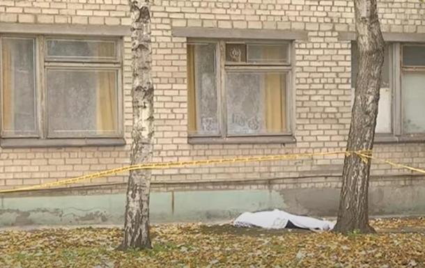 В Запорожье погибла женщина в COVID-больнице. 18+