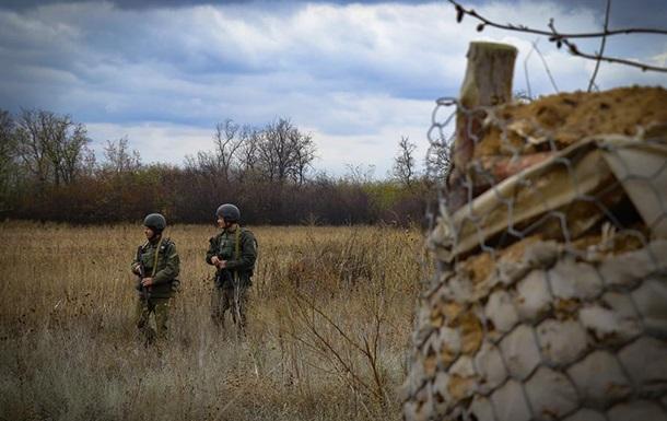 Сутки ООС: нарушение режима тишины, ранен военный