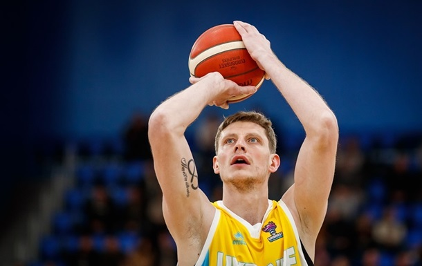 Пустовий не зіграє за збірну України у відборі на Євробаскет