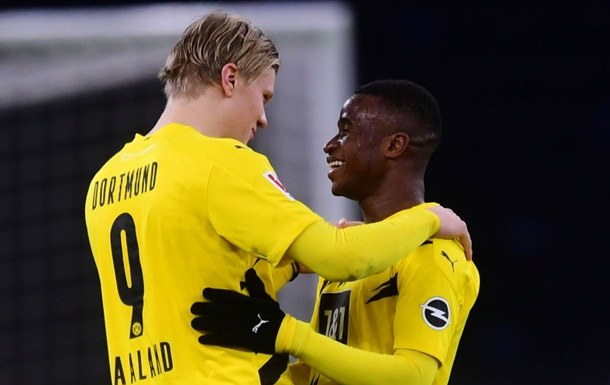 Форвард Боруссии стал самым молодым дебютантом в истории Бундеслиги