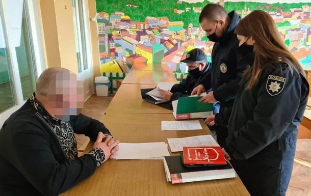 Во Львове члены комиссии подписали протокол до завершения голосования