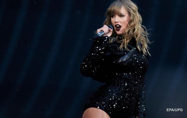 Тейлор Свифт побила рекорд American Music Awards