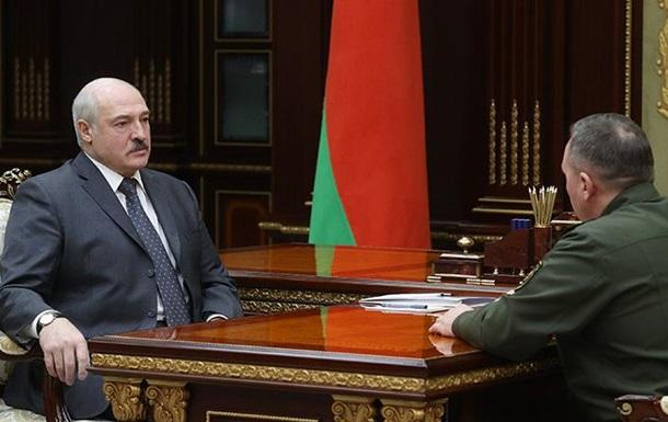 Лукашенко заявив про нестачу патріотичного виховання в  мужиків