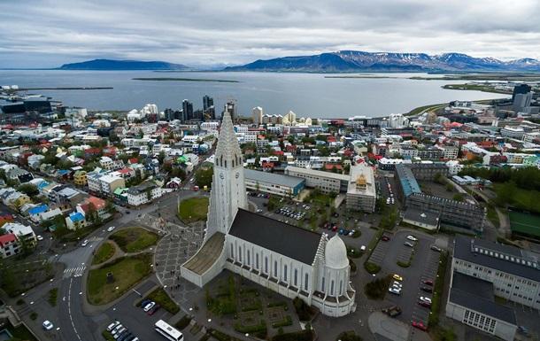В їзд тільки багатим: Ісландія відкриє кордони