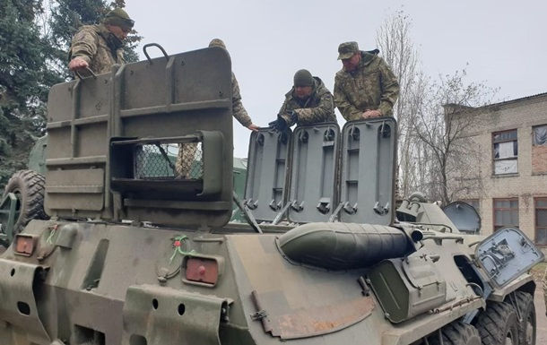 Армия нуждается в обновлении техники - министр