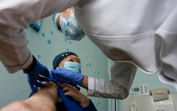 Власти решили, кто первым получит COVID-вакцину