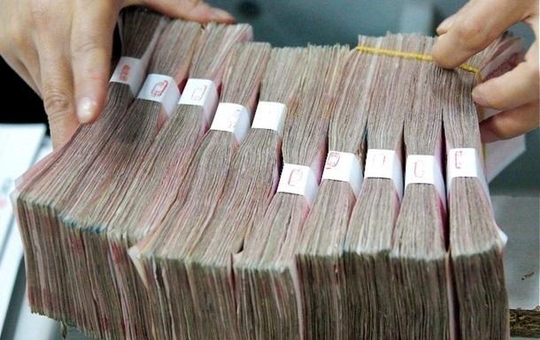 Госдолг Украины вырос на 350 млрд с начала года