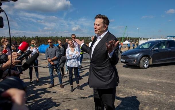 Маск обіцяє, що завод Tesla під Берліном стане найбільшим у світі виробником батарей