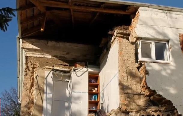 На Волыни в интернате с сотней пациентов ночью рухнула стена