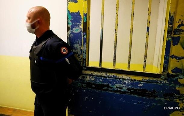 В США заключенные похитили из фонда помощи безработным около $1 млрд