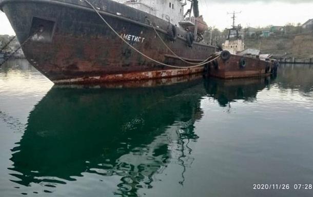 В Администрации морпортов отрицают затопление судна в Черноморске