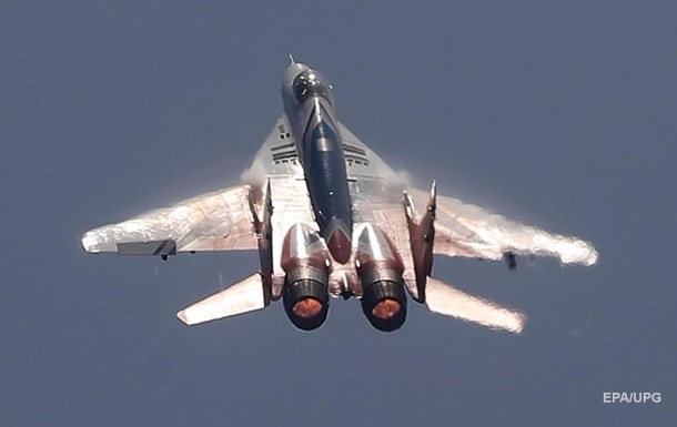 В Индии упал в море истребитель МиГ-29