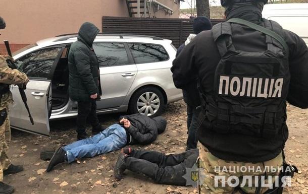 Под Киевом иностранцы подожгли автомобиль ресторатора