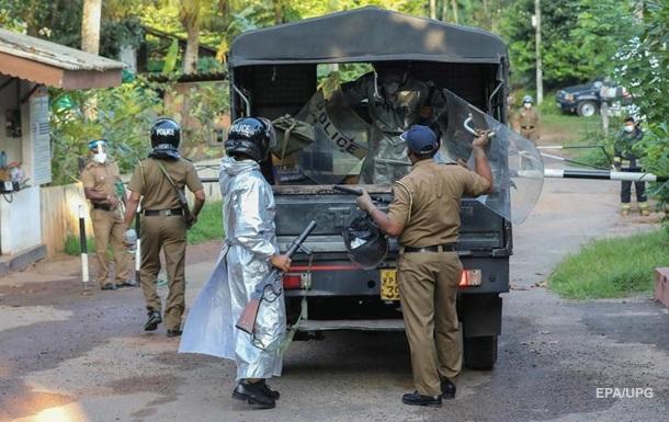 На Шри-Ланке в тюрьме возник коронавирусный бунт