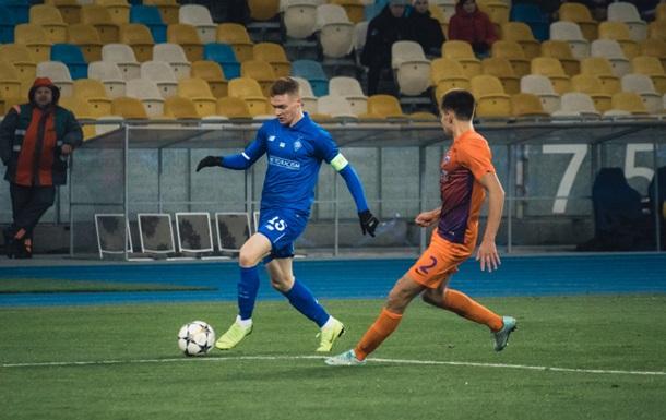 Матч Маріуполь - Динамо відбудеться на стадіоні ім. Лобановського