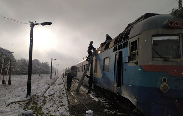 На Волыни загорелся дизель-поезд